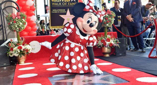 Minnie Mouse recibió su estrella en el Paseo de la Fama de Hollywood